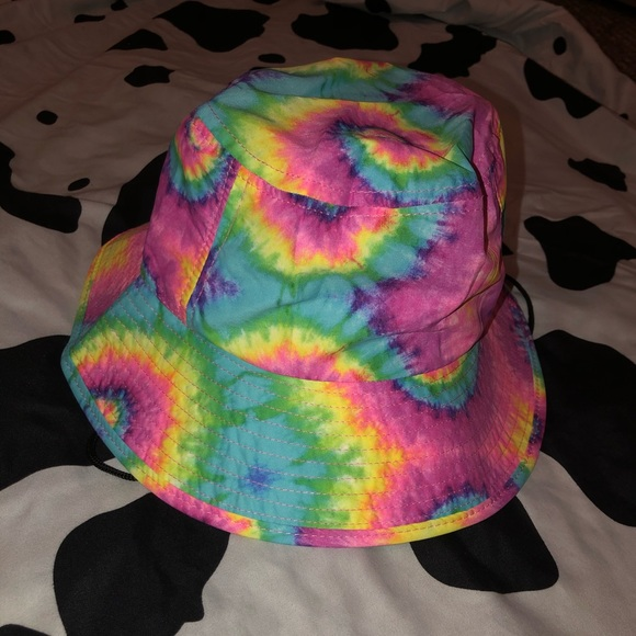 tye-dye bucket/fishing hat